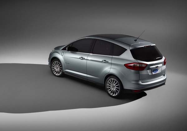 Ford ��������� ���������� ��� ����������-������� �� ������ C-Max