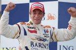 Виталий Петров подписал контракт с Lotus Renault GP