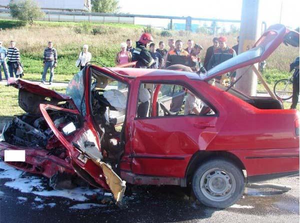 В результате лобового ДТП в Гродно 4 человека получили травмы
