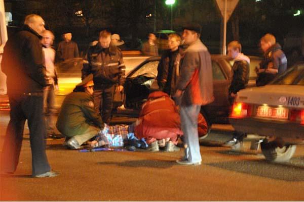 На улице Плеханова автомобиль BMW сбил пешехода