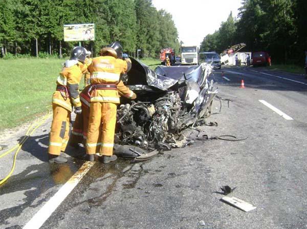 Возле Могилева произошло ДТП с участием трех автомобилей – погиб мужчина
