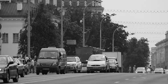 В Минске мужчина попал под машину на переходе