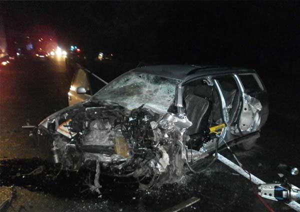 Возле Иваново произошло лобовое столкновение двух автомобилей Volkswagen