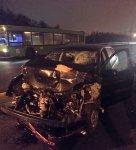 На МКАД столкнулись легковой Volkswagen и автобус МАЗ