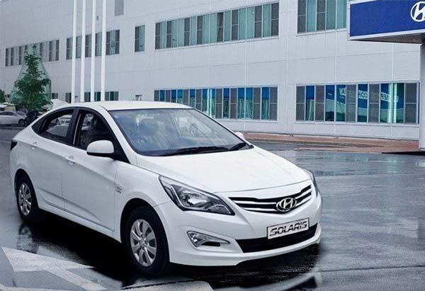 В середине июня состоится дебют модернизированного седана Hyundai Accent