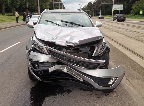 Столкновение Kia и Renault в Минске – есть пострадавшие