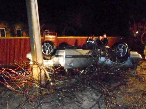 Хонда «встретилась» с деревом на перекрестке в Бобруйске