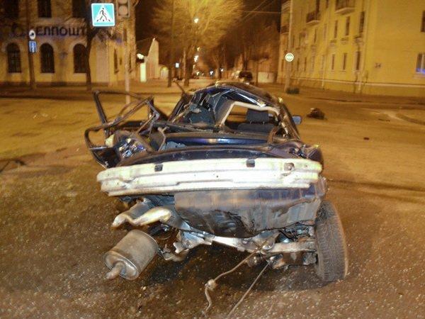 ДТП в центре Бреста: от BMW практически ничего не осталось, водитель погиб
