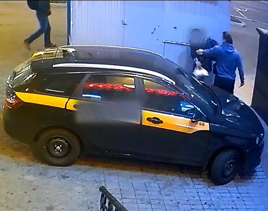 Таксист написал заявление и сам оказался под следствием