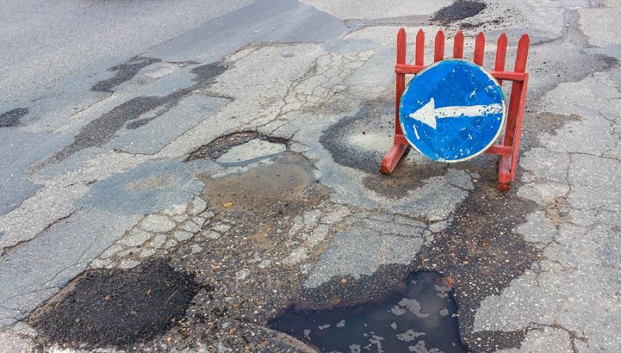 Состояние дорог в Гродно беспокоит ГАИ. К ответственности привлекли 28 должностных лиц
