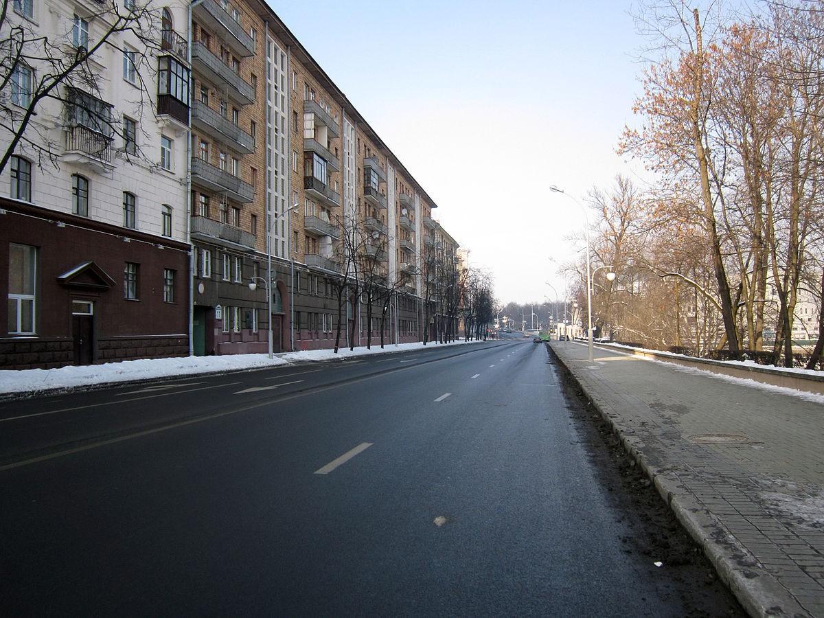 Часть улицы Янки Купалы в Минске закроют для всех видов транспорта до мая