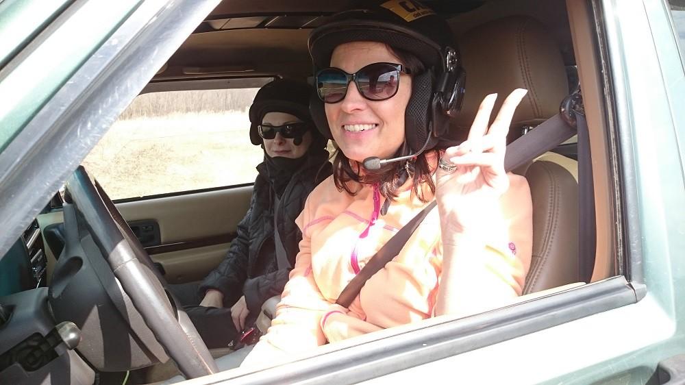 Женский день на внедорожниках: оффроуд-гонка для дам пройдет под Смолевичами