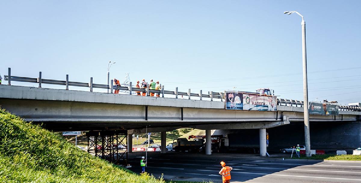 Два путепровода на МКАД отремонтированы. Движение должно открыться к 1 мая