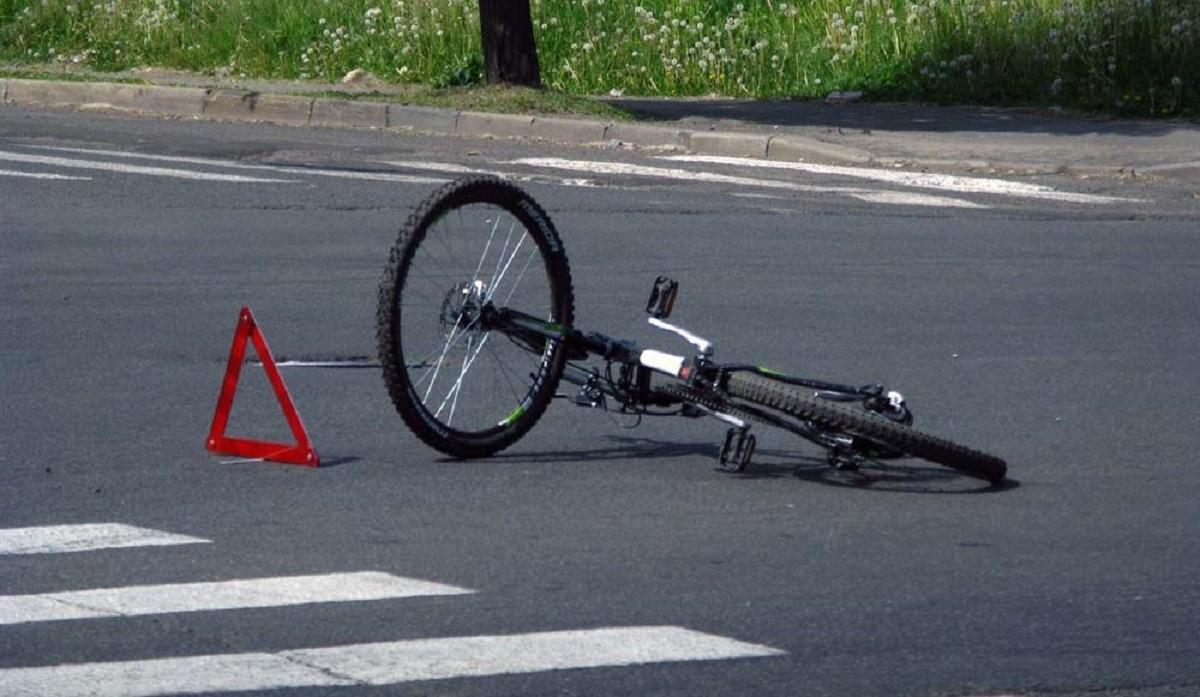 Видео: Очередной велосипедист в Минске