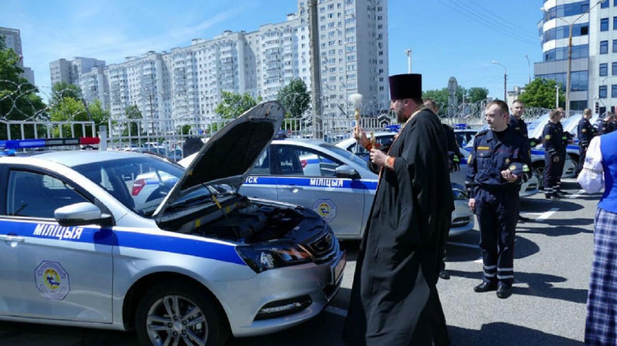 Минской Госавтоинспекции передано 22 новых авто Geely Emgrand 7