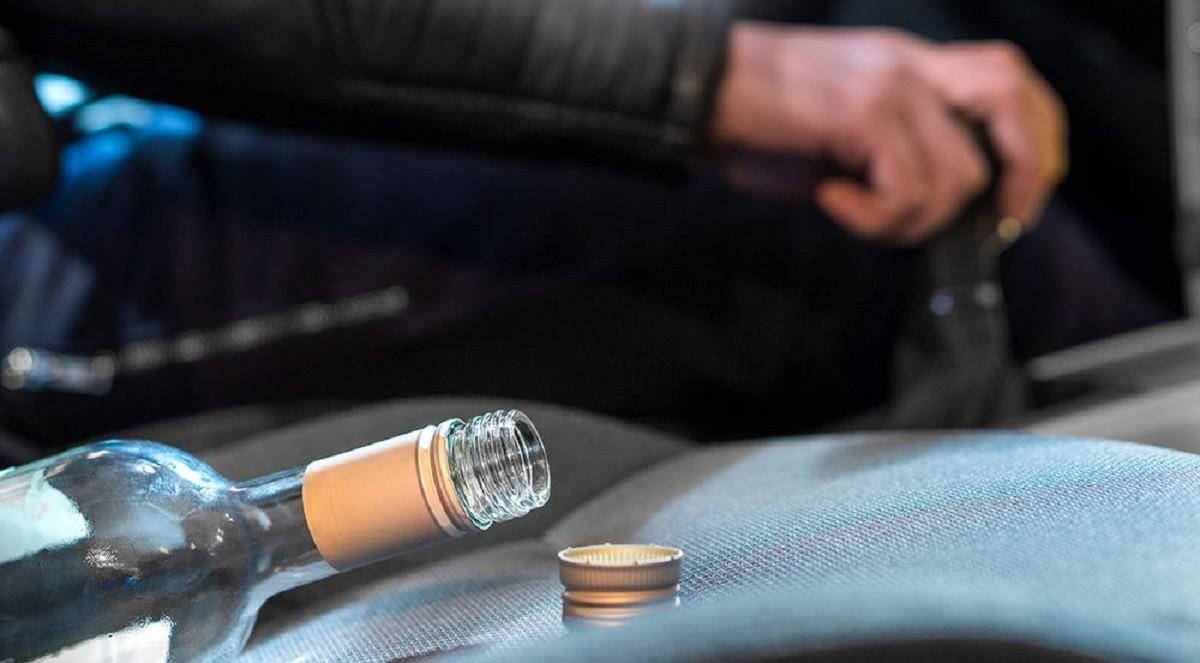 В выходные Госавтоинспекция задержала двух пьяных правоохранителей, управлявших транспортными средствами