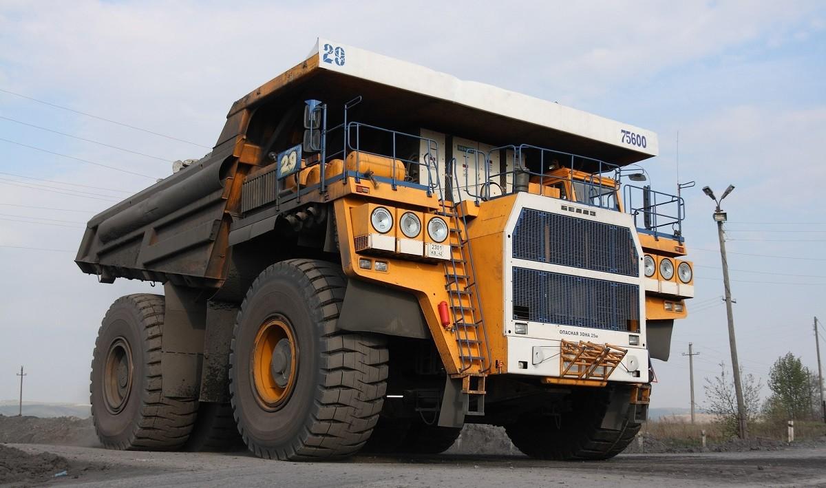 БелАЗ увезет 600 млн. долларов из России
