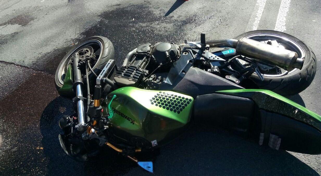 Мотоцикл – в кювете, бесправник – под следствием, пассажирка – в реанимации