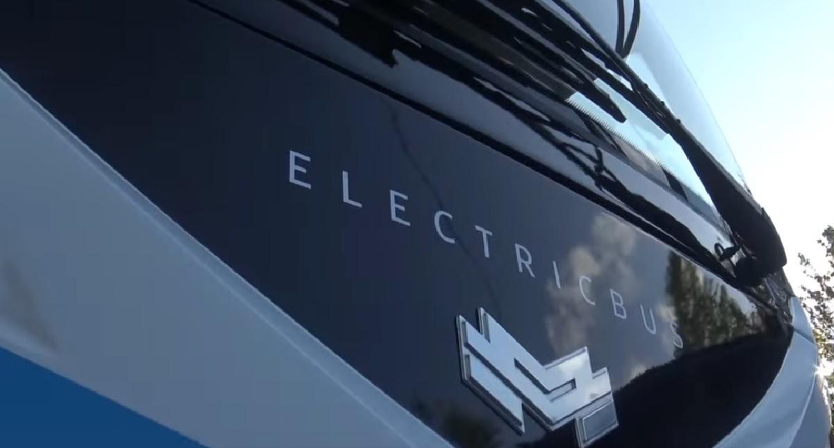 Видео: Первый праворульный электробус в СНГ – новая разработка предприятия «Белкоммунмаш»
