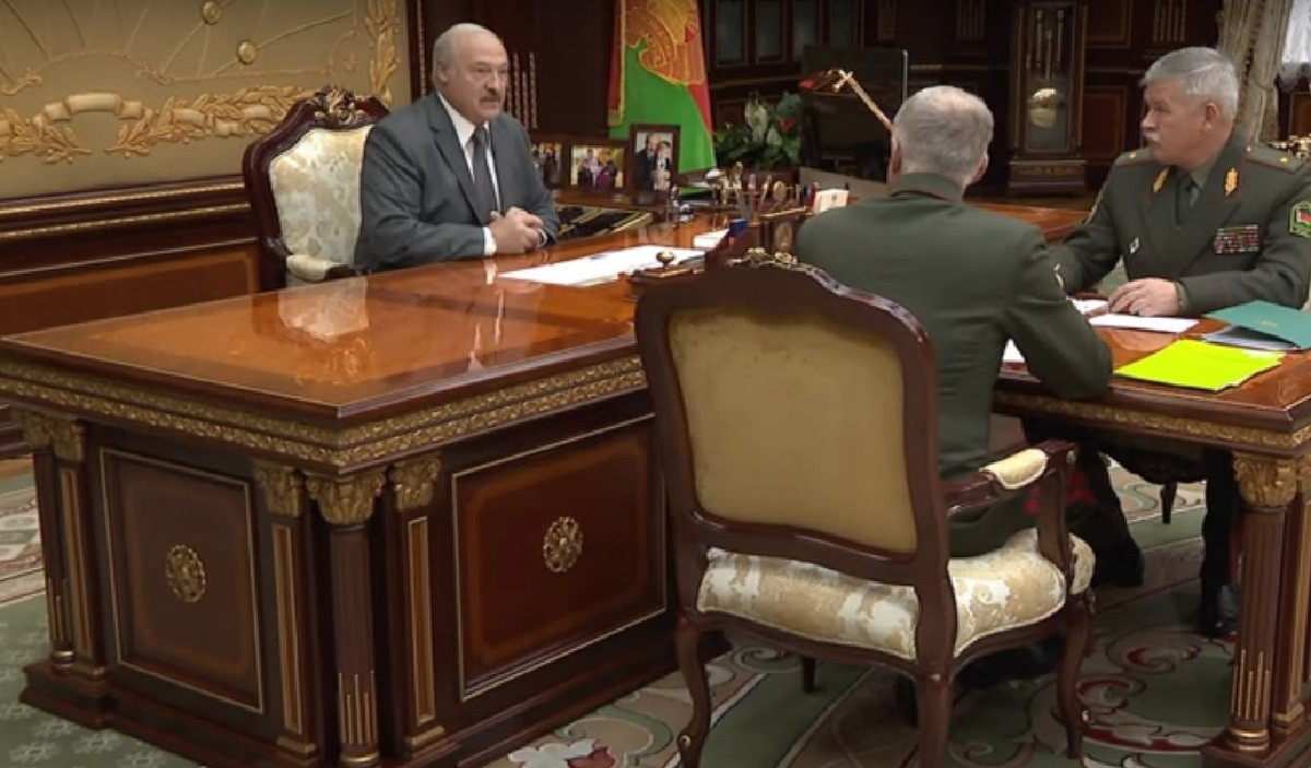 Видео: Александр Лукашенко считает, что в досмотре грузовиков на российской границе много абсурда