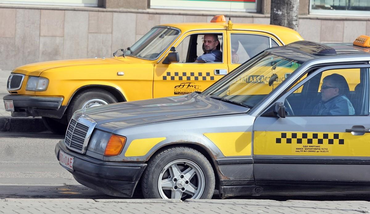 Новый виток такси-разборок: требование повышения тарифов и угрозы блокировок работы служб