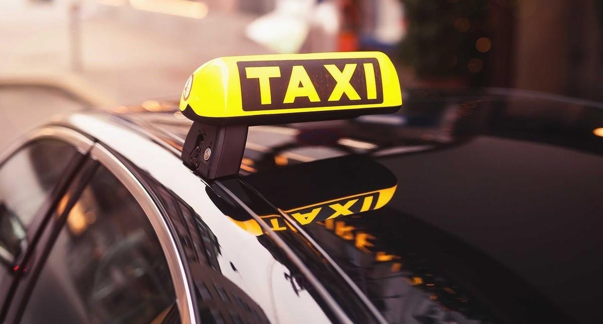 Министерство антимонопольного регулирования и торговли не будет вмешиваться в работу и формирование тарифов служб такси