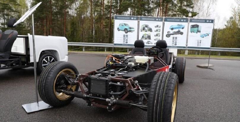 Президенту РБ покажут спорткар белорусского производства: разгон до ста за три секунды